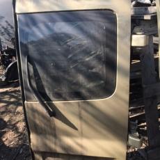 Дверь багажника правая задняя со стеклом OPEL VIVARO (2003-2008г.в.)